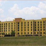 PROJECTS » Hampton Inn & Suites