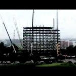 Prédio de 15 andares é construído em seis dias na China        Time Lapse of 15 Story Ark Hotel In China That Was Built In 6 Days